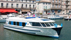 Cruzeiros em barcos de canal