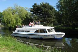 Barcos de qualidade para cruzeiros de luxo