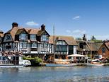 Férias de barco em Norfolk Broads, Inglaterra