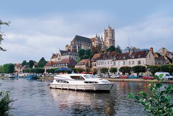 Region Burgundia Canal du Nivernais