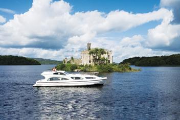 Férias de barco na Irlanda, no Rio Shannon